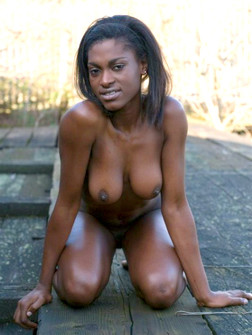 Horny black girls posted their amazing..